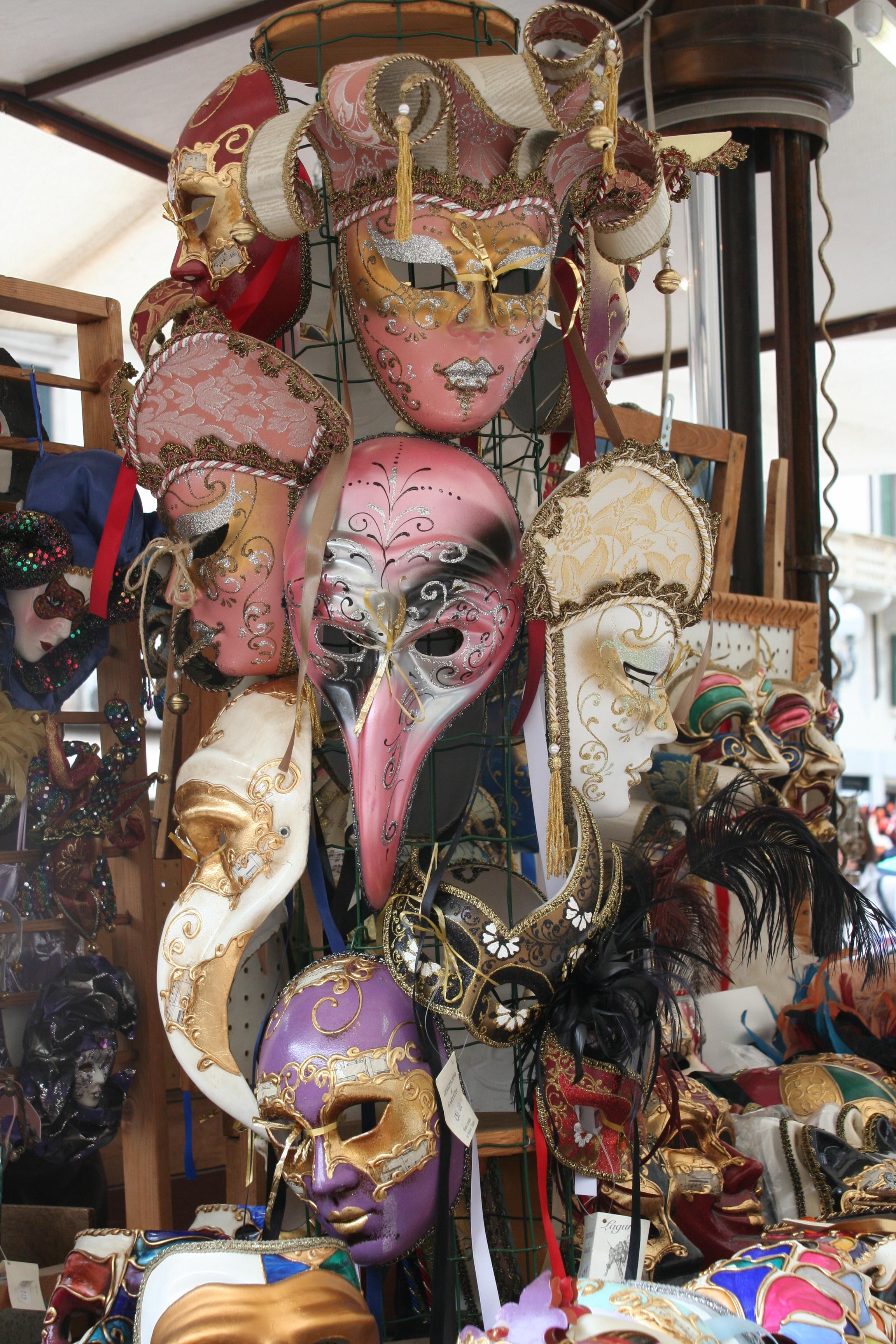 Venice~masks-PSandsPhotos