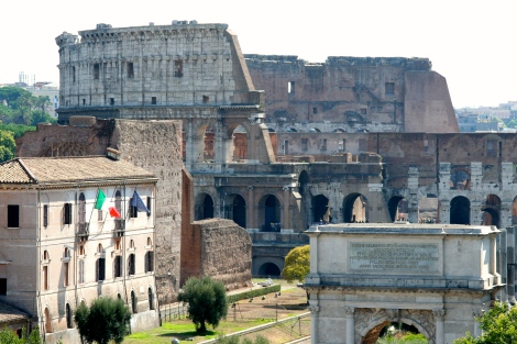 Colosseum/Rome-PSandsPhotos